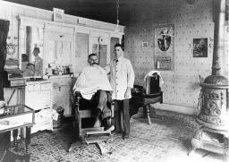 Vintage barbershop photo. Source: cityofbrodheadwi.us