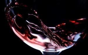 Red wine via wallpapercave.com