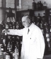 Jacques Guerlain in his lab. Source: Pinterest.