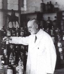 Jacques Guerlain in his lab. Source: Pinterest.