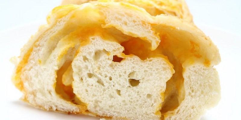 【宜蘭頭城】大溪漁港德國麵包 Zbread 德式布丁 / 起司麵包堅果多健康德國爸爸