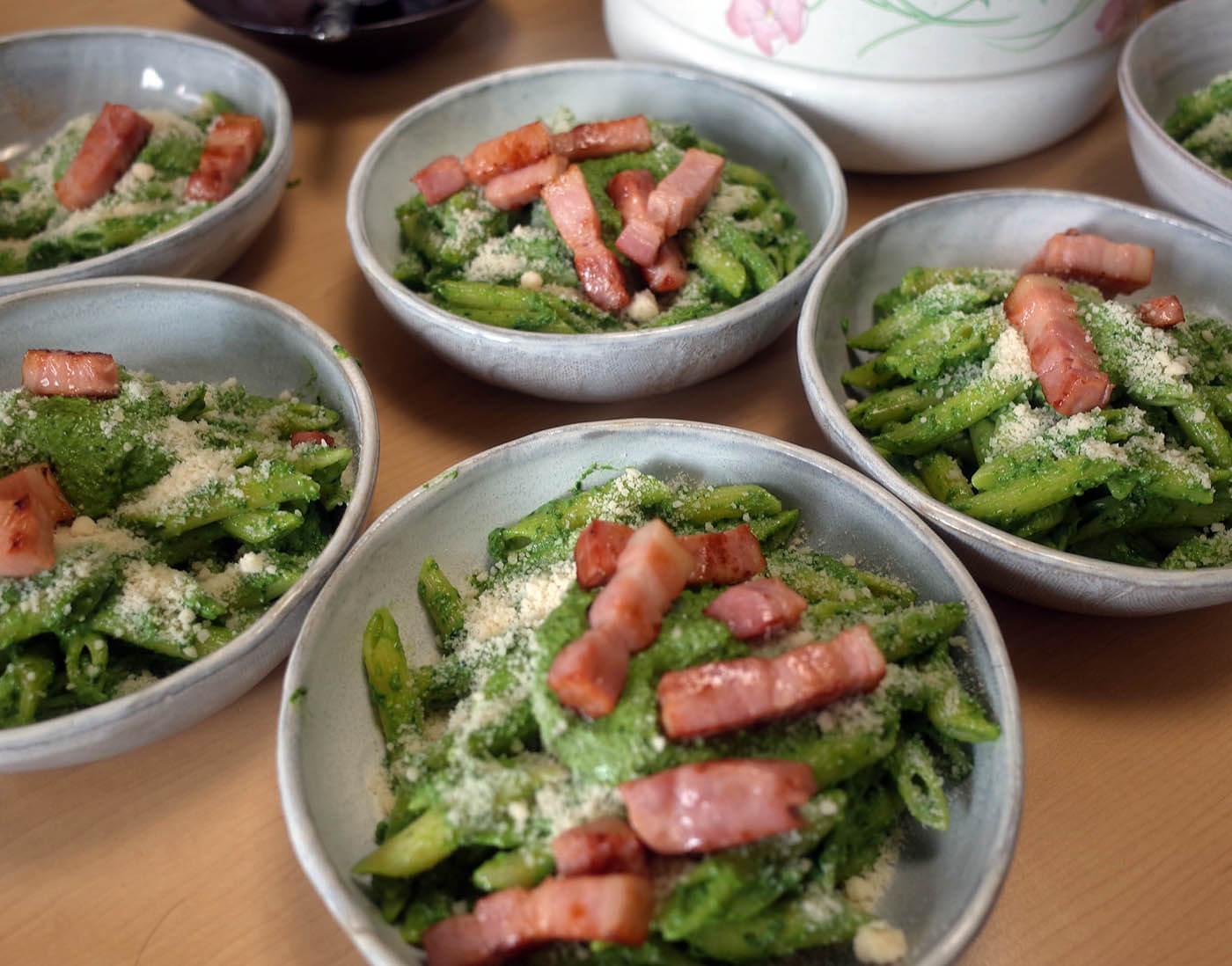 春菊と小松菜のジェノベーゼ