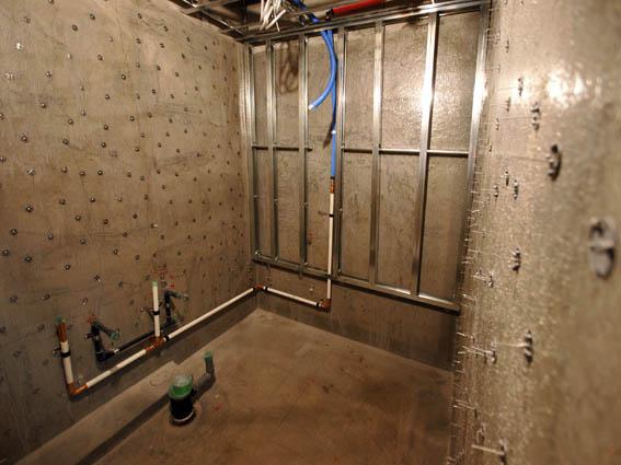 FRP防水層上からの配管