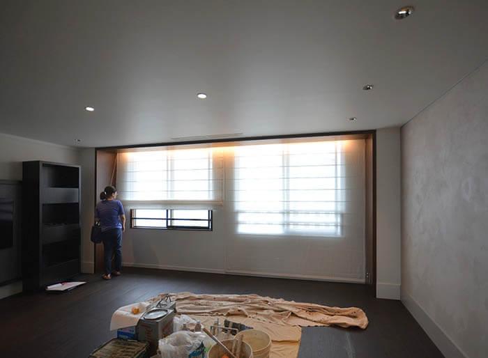 窓際の木製フレーム@ヴィンテージマンションリフォーム白金台E邸