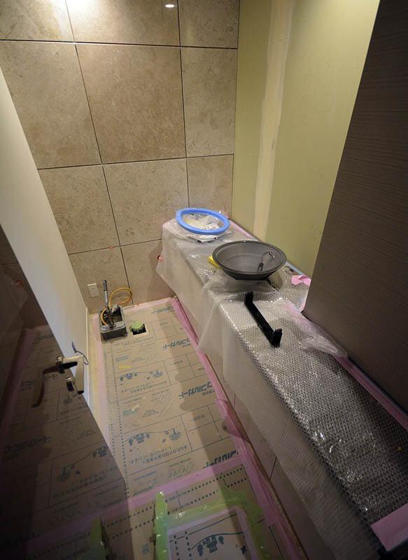 来客用トイレの手洗いカウンター@元麻布A邸リフォーム