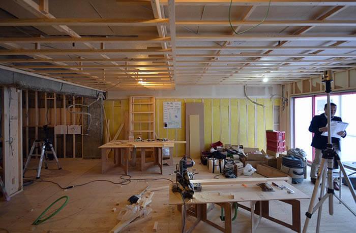 リビングダイニングの壁天井木製下地造作