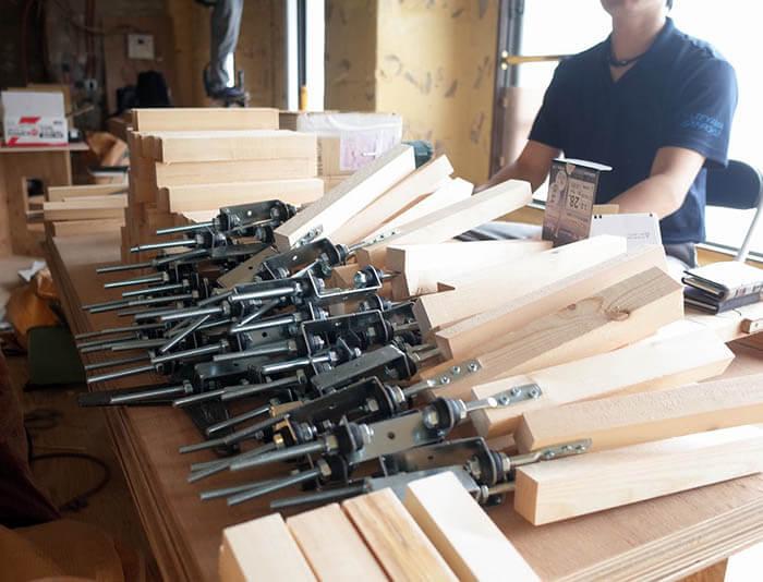 防振釣り木の組み立て