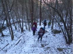 残雪の黍殻山登山道