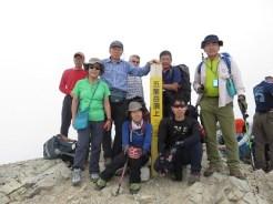やっと辿り着いた五龍岳の頂上