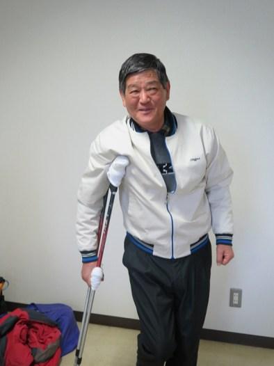 ストックによる松葉杖