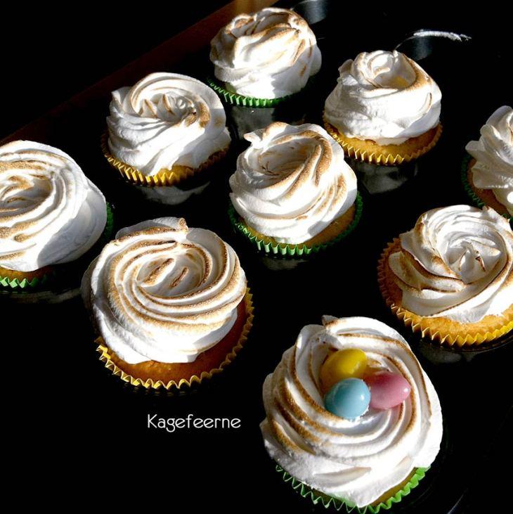 Citronmarengs cupcake med lemoncurd surprice