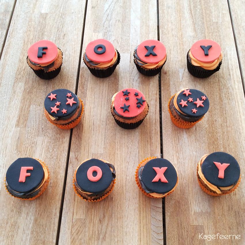 Appelsin og chokolade cupcakes - Foxy cheerleaders