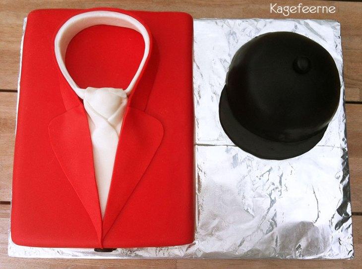 Hubertus kage af jakke og ridehjelm