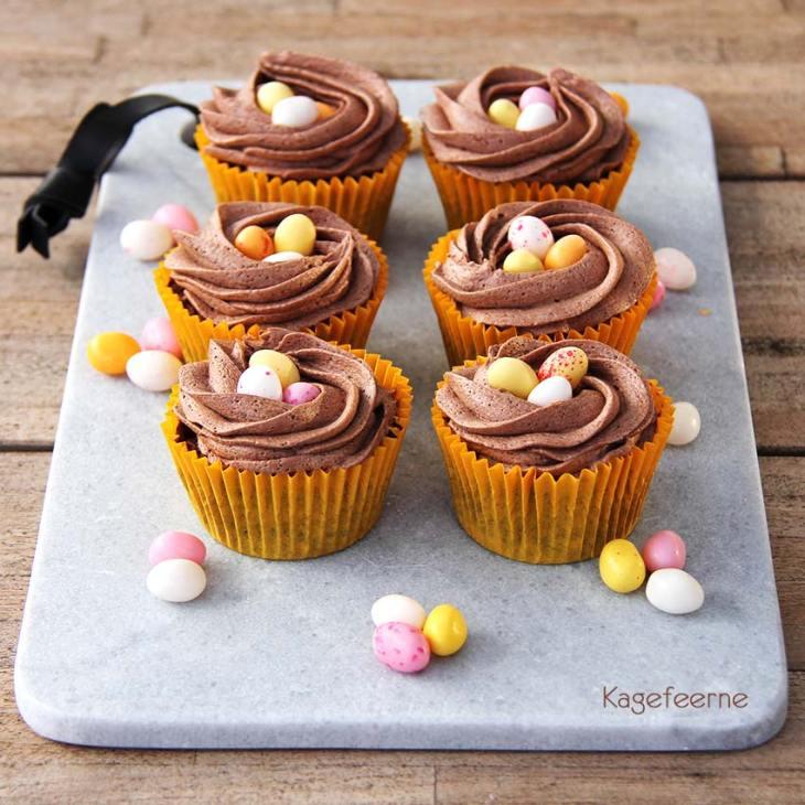 Påske chokolade cupcakes med smørcreme og påskeæg