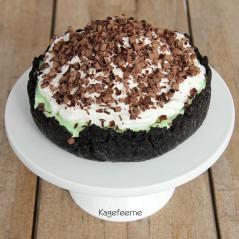 Oreo og pebermynte tærte, også kaldt græshoppe tærte