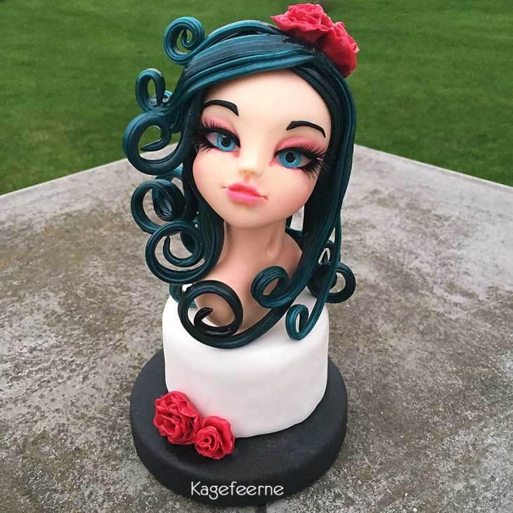 Cake topper af Molly fondant pige med isomalt hår