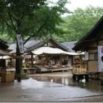 韓国民俗村にて。