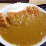 東松山市松葉町4丁目「金ちゃん食堂」のカツカレー
