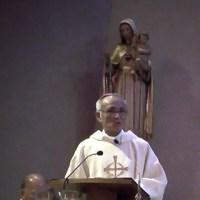 聖母被昇天ミサで説教中の郡山司教