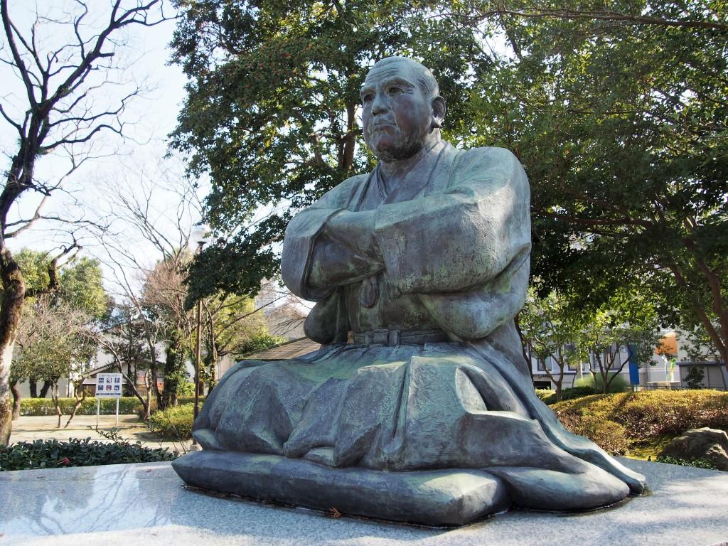 武屋敷跡の西郷銅像
