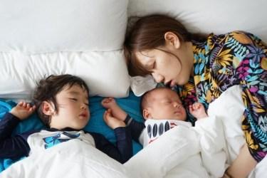 寝室のベッドで家族4人が寝る!大切なのはサイズの見極め!