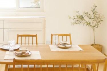 ニトリのテーブルと椅子の魅力とは?おすすめ商品をご紹介