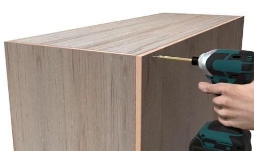 扉の付いた簡単な箱バック組み立て