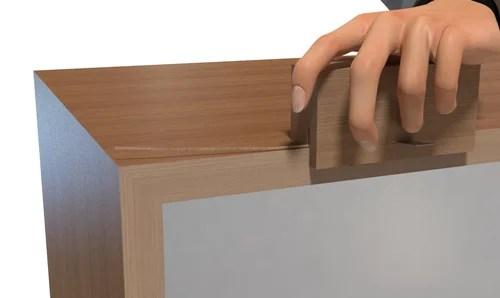 扉の付いた簡単な箱耳取り