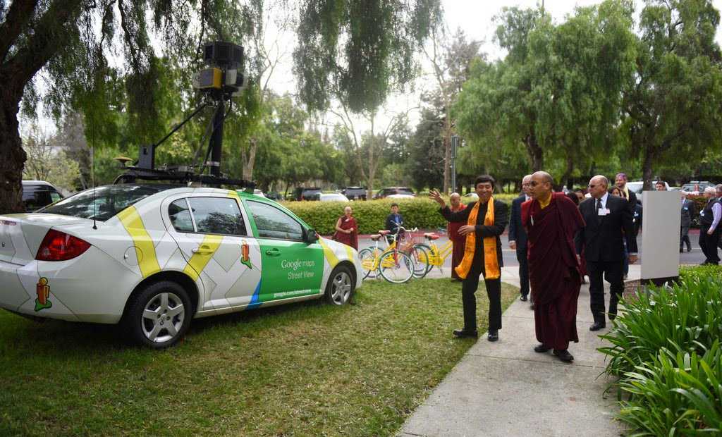 Karmapa Tours Google and Takes a Ride in its Driverless Car
