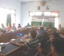 Suasana, Rapat Pleno KPU Kota Bima, Senin (12/5). Foto: BIN