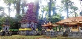 Pura yang dibangun di Kecamatan Tambora Kabupaten Bima. Foto: Bali Post