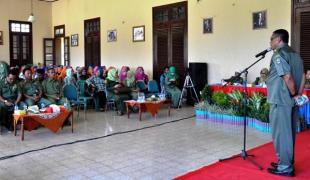 Kepala Dinas Budpar Kabupaten Bima Drs. Syafrudin HA saat memberikan sambutan. Foto: Hum