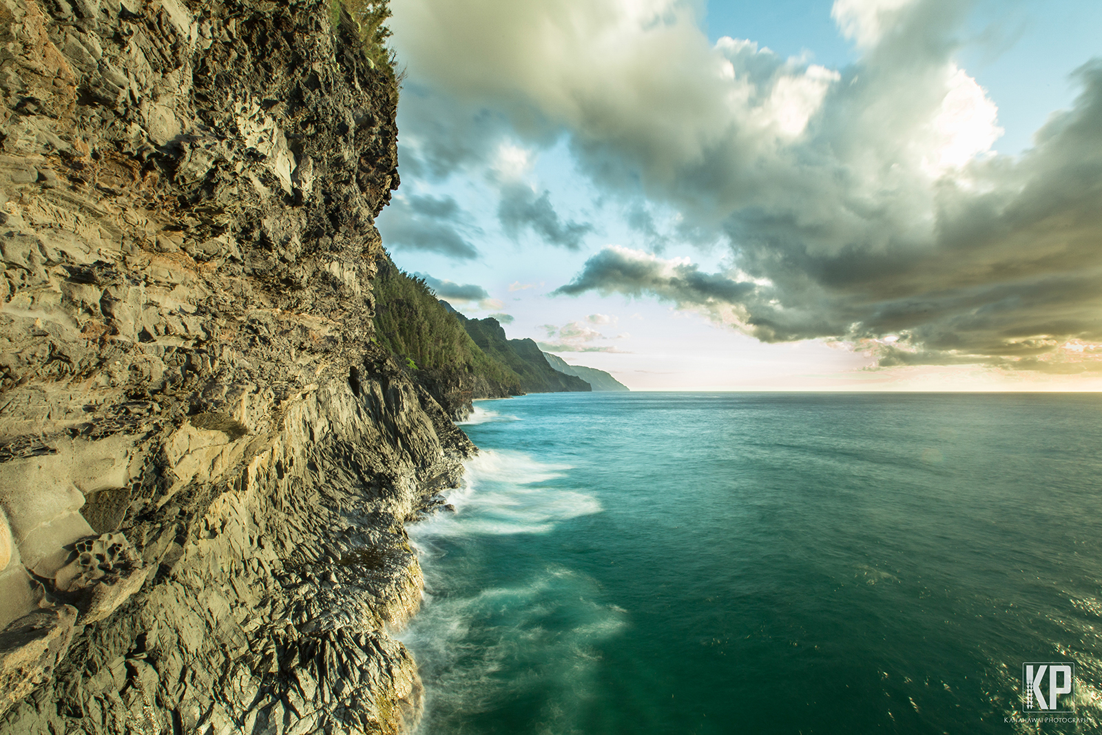 Napali_cliffs_sig_m