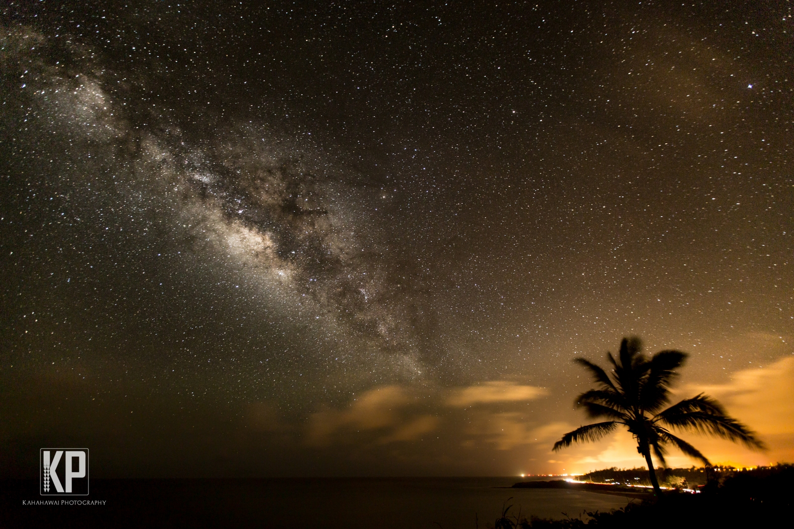 Shooting the milkyway from Kealia Lookout on the east side of Kauai