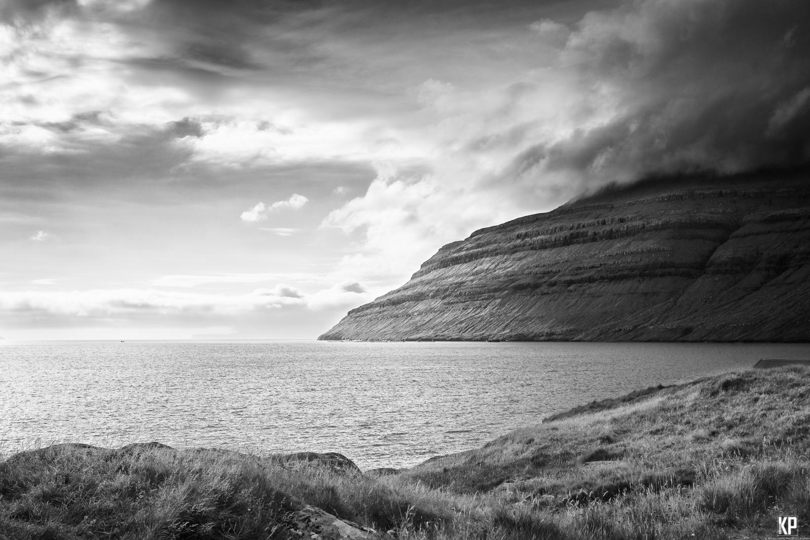 Faore_islands_moody_bw