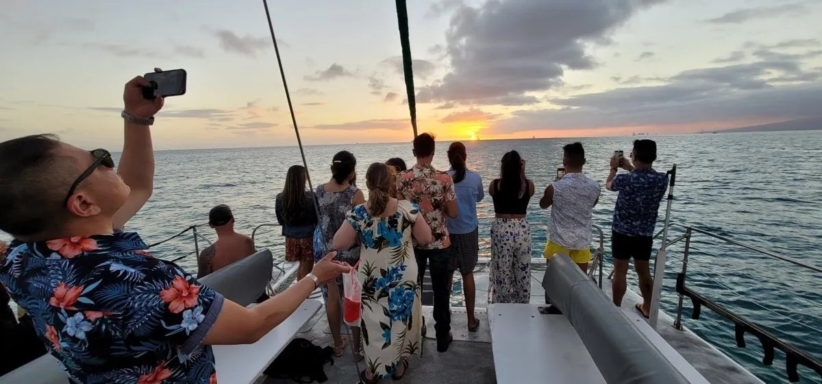 Private Waikiki Catamaran Charter Rentals