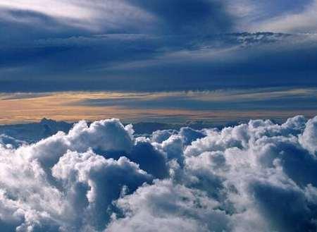 وأصبح العلماء يستخدمون الأقمار الاصطناعية في دراسة الغيوم