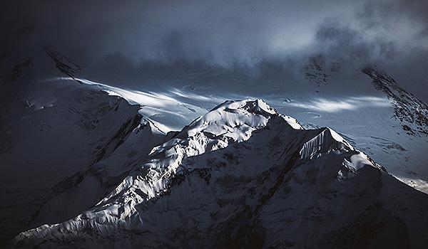 Im Bann der Berge - Tosten Weigel