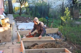 Building no-dig raised garden beds