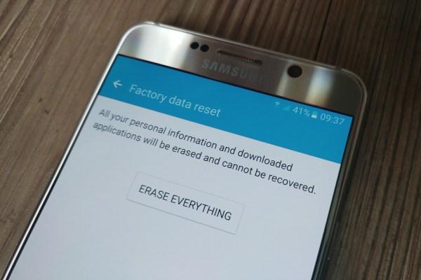 كيفية إعادة ضبط إعدادات المصنع لهواتف الأندرويد