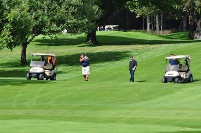 イギリス、リーズ城でゴルフ