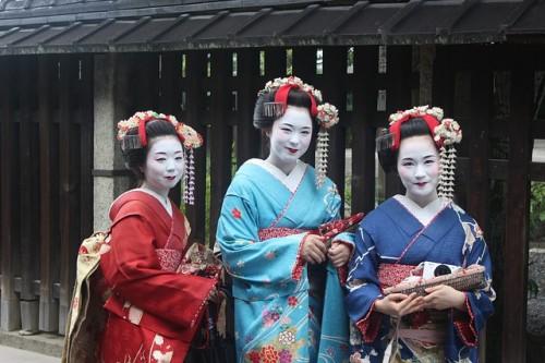 ロシア人に日本人男性(女性)はモテる?