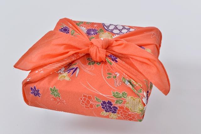 海外から日本国内のお世話になった人へお歳暮をおくる方法