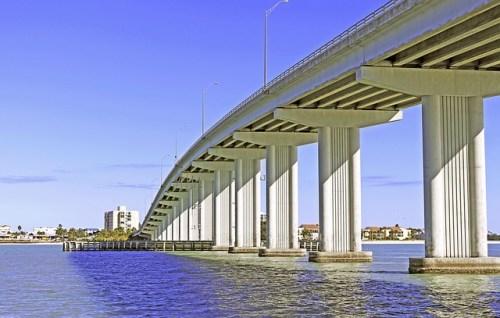 メキシコ、橋、交通事情