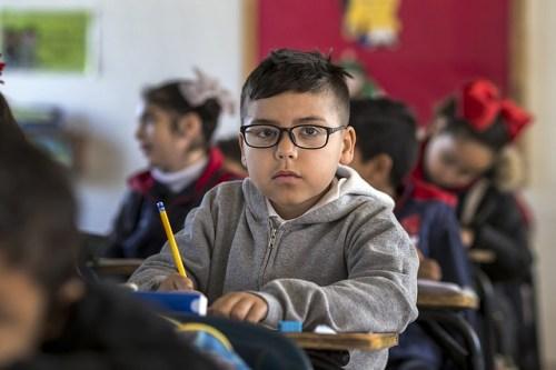 海外移住を始める前に知っておきたい海外生活7つのデメリット子どもの教育問題は避けられない
