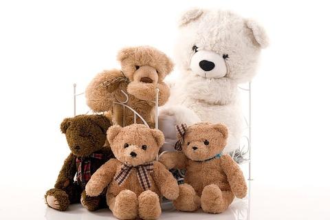 family-1469130_640