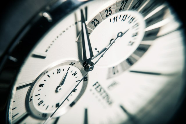 clock-407101_1920.jpg