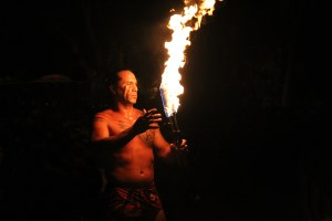 hawaii-fire-dance-825184_1920