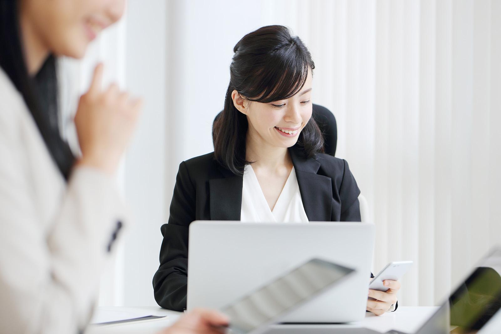 経理や事務職で役立つ資格とは