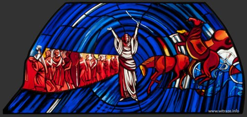 stained-glass-parting-red-sea3